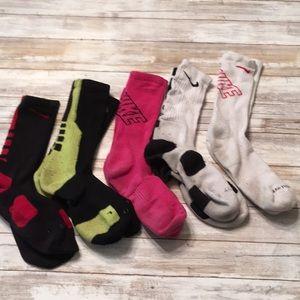 DY30 Nike socks good condition